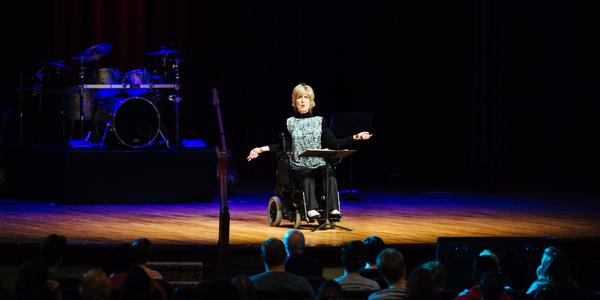 Joni Eareckson Tada speaking